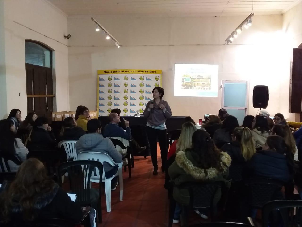 Se realizó una charla-taller sobre nutrición infantil